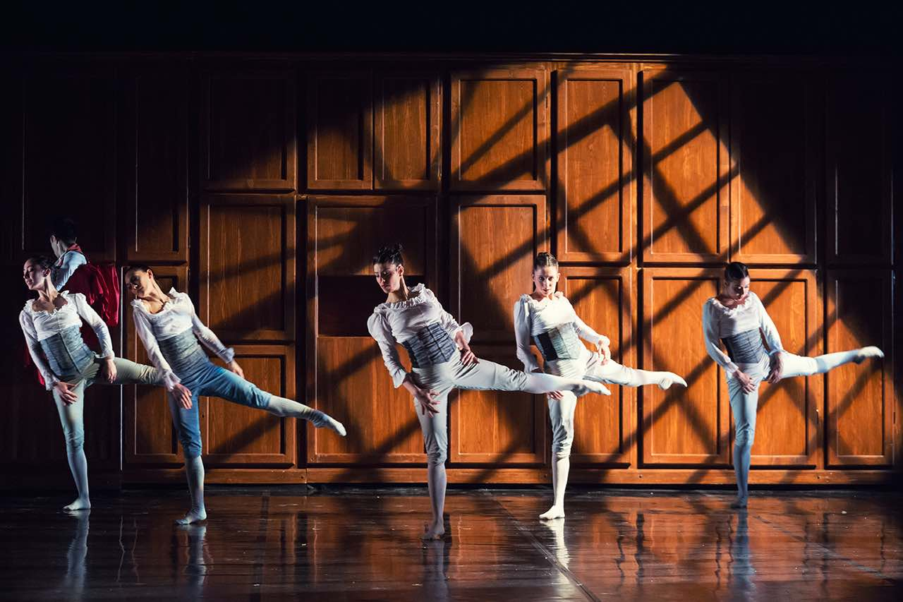 Spellbound Contemporary Ballet